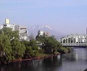 岩手山…不来方橋から午前7時2<br />  1分