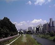 夏空…盛岡毘沙門橋から 15<br />  日午前11時<br />  36分