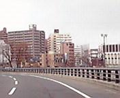 北上川沿い…盛岡駅前通3月1<br />  日15時44<br />  分