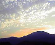 東根山夕暮れ… 8月15<br />  日18時12<br />  分