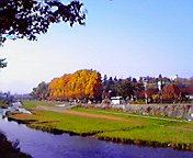 岩手公園・中津川…盛岡中の橋から午前10時<br />  32分