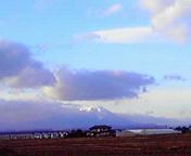 遠くに岩手山…矢巾町 <br />  12月13日15<br />  時08分