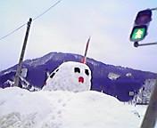 大きな雪だるま…青森県黒石 2月<br />  10日午前9<br />  時58分