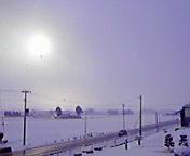 白い太陽… 3月17<br />  日午前7時0<br />  7分