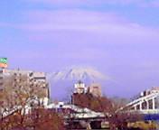 岩手山…不来橋から 4<br />  月10日午前<br />  9時08分