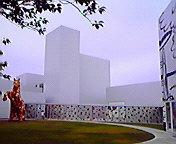 十和田市現代美術館… 6月20<br />  日午前11時<br />  19分