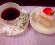 イチゴケーキと珈琲