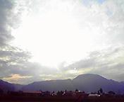 東根山と空…紫波 <br />  6月18日17<br />  時31分