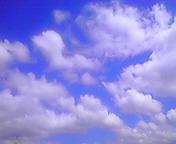 空と雲…盛岡 8月<br />  5日午前10<br />  時28分